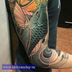 Koi Tattoo Sleeve, Carp Tattoo, Koi Tattoo Design, Tattoo Designs Men, Japanese Koi Fish Tattoo, Vietnam Tattoo, Hannya Mask Tattoo, Asian Tattoos, Japan Tattoo