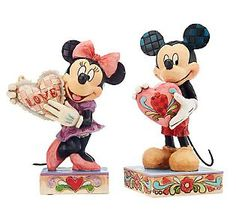 Jim Shore Disney Traditions Mickey & Minnie with Hearts