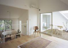 Casa con jardines / Tetsuo Kondo