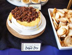 Baked Brie and other party food for a Harry Potter feast Harry Potter Adult Party, Harry Potter Snacks, Book Club Food, Cauldron Cake, Baked Brie, Party Snacks, Quick Easy Meals, Chocolate Recipes, Finger Foods