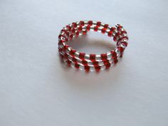 Red And Clear Seed Bead Memory Wire Ring by Creationsbylaceyjane, $9.50 Seed Bead Jewelry, Bead Jewellery, Seed Beads, Jewelry Rings, Unique Jewelry, Beaded Rings, Beaded Bracelets, Memory Wire Rings, Jewelry Crafts