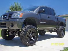Another lifted Nissan Titan