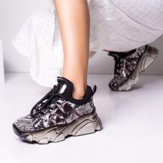 Sneakersi dama sport gri cu negru Iagazio