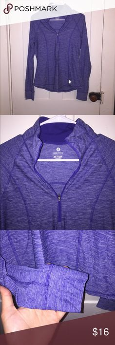 Old Navy Women's Quarter Zip Pullover, Size M This Old Navy women's quarter zip is perfect for working out. It is a size medium and semi-fitted for a flattering look. In the pictures it may look somewhat blue but in person it is more of a purple. The sleeves also have thumb holes. Old Navy Tops Sweatshirts & Hoodies