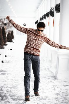 Winter is a great time to step up your personal style. Enjoy our collection of men's winter outfits to help you stay stylish while out in the snow. Classy Outfits For Women, Winter Outfits Men, Preppy Outfits, Mens Fashion Online, Man Dressing Style, Preppy Mens Fashion, Student Fashion, Well Dressed Men, Winter Fashion