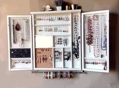 Large earrings for jewelry storage. Large earrings for jewelry storage. earrings storage – T - Diy Storage, Closet Organization, Jewelry Organization, Storage Hacks, Storage Mirror, Diy Jewelry Organizer, Organization Ideas, Mirror Hooks, Shelf Hooks