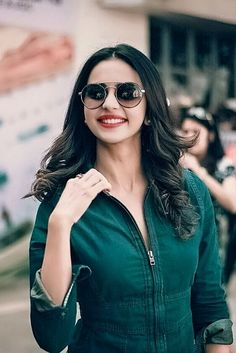 very nice. South Indian Heroine, South Indian Actress, Bollywood Outfits, Bollywood Fashion, Beautiful Girl Indian, Most Beautiful Indian Actress, Beautiful Bollywood Actress, Beautiful Actresses, Indian Photoshoot