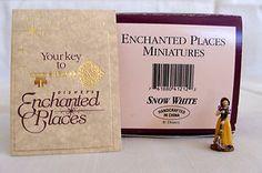 Snow White - Enchanted Places - Snow White Miniature