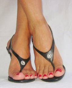 Sexy Sandals, Hot Heels, Sexy High Heels, High Heels Stilettos, Cute Toes, Pretty Toes, Feet Soles, Women's Feet, Beach Feet