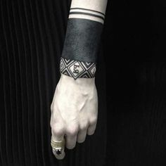 018_Wrist-Tattoo-Sasha-Masiuk
