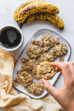 These Banana Oatmeal Breakfast Cookies are easy to make, tasty, and perfect for breakfast on-the-go! They're Vegan, Gluten-Free, and full of fiber, complex carbs, and healthy fats to keep you full. #breakfastcookies #oatmeal #banana #vegan #glutenfree #plantbased #mealprep #veganbreakfast #budgetfriendly via frommybowl.com