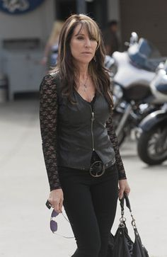 #SonsofAnarchy: Gemma Teller Morrow's wardrobe walks the sexy/slutty line
