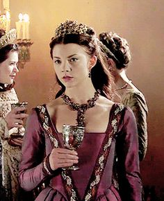 "Anne Boleyn - The Tudors ""The Definition of Love"" Anne Of Cleves, Anne Boleyn, Queen Anne, King Queen, Dinastia Tudor, Georgina Sparks, Tudor Dress, The Other Boleyn Girl, The White Princess"