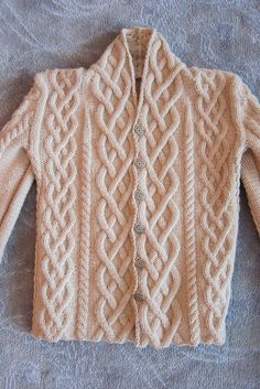 I have no idea when will I return to knitting again but at least I would have a model to follow. (I made very similar sweater for my son when he was a little kid.)