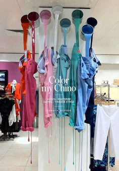 Discover ideas about fashion window display. color my chino visual merchandising Fashion Window Display, Fashion Displays, Window Display Design, Shop Window Displays, Store Displays, Display Windows, Retail Displays, Shop Windows, Impact Windows