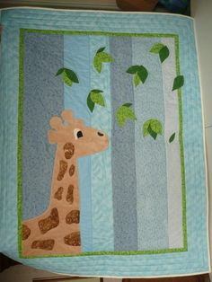 Project on Craftsy: Minkee Giraffe Baby Quilt Quilting Projects, Quilting Designs, Sewing Projects, Quilting Ideas, Cute Quilts, Lap Quilts, Quilt Blocks, Giraffe Baby, Monkey Baby