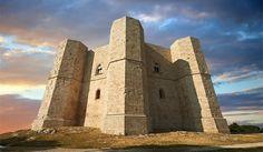 Puglia do it better! castel del monte UNESCO discover it with vito maurogiovanni tour guide