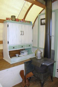 Having a wood stove in a nomadic home, is my kind of happiness.