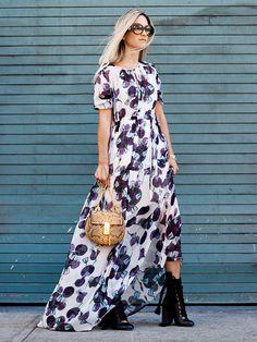 Thefashionguitar Black Lace-up Booties Floral Maxi Dress Fall Inspo Vestido Maxi Floral, Boho Floral Dress, Vestido Casual, Maxis, Elegant Dresses, Casual Dresses, Beach Dresses, Dress Outfits, Fashion Dresses