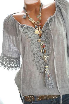 Süße CARMEN Häkel Tu Süße CARMEN Häkel Tunika Häkelspitze HIPPIE IBIZA Bluse BOHO 36 38 40 Grau NEU in Kleidung & Accessoires, Damenmode, Blusen, Tops & Shirts | eBay