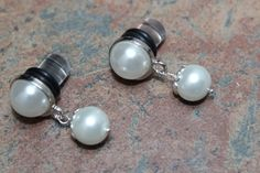 Hey, I found this really awesome Etsy listing at https://www.etsy.com/listing/126822807/pearl-gauges-6g-12g