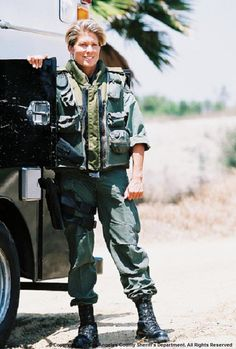 Sue Burakowski, who was the FIRST female Special Weapons and Tactics (SWAT) Team deputy operator of the LASD Special Enforcement Bureau, where she worked from Sergeant Burakowski was also the first female Emergency Services Detail (ESD) SWAT paramedic. Gi Jane, Idf Women, Redbone Coonhound, Jennifer Jones, Emergency Medical Services, Historical Women, Tough Girl, Thin Blue Lines, Swat
