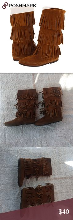 Minnetonka Boots Brown Minnetonka fringe boots. Size 7. Minnetonka Shoes
