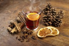Grzane wino z pomarańczą czerwone i białe- AROMATYCZNE PRZEPISY