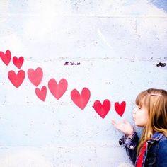 Say candy! Valentine Mini Session, Valentine Picture, Valentines Day Pictures, Valentines Gifts For Boyfriend, Holiday Pictures, Kinder Valentines, Saint Valentine, Valentines Day Party, Valentinstag Party
