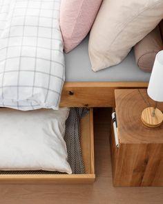 LAMBERT Bett Throw Pillows, Home, Closet Storage, Bed, Toss Pillows, Cushions, Ad Home, Decorative Pillows, Homes
