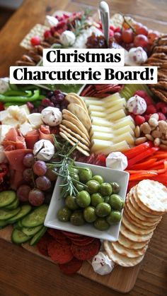 Charcuterie Recipes, Charcuterie Platter, Charcuterie And Cheese Board, Meat Cheese Platters, Charcuterie Display, Cheese Boards, Cold Appetizers, Christmas Appetizers, Appetizer Recipes