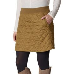 You don't have to be a diva to stay warm in a skirt when it's snowing outside. Pack the Prana Diva Skirt for your next winter getaway to look chic as you stay deceptively cozy in your tights and boots. The plush fleece lining keeps your legs warm as you wander along quaint downtown streets after a day at the resort, and the diamond quilting lends a note of ski town chic to this comfortable piece. Pair the Diva with a tucked-in baselayer or soft wool turtleneck to show off the wide ribbed…