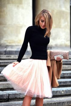 I just have to have this outfit!  COLOR ME CAITIE: tulle skirt