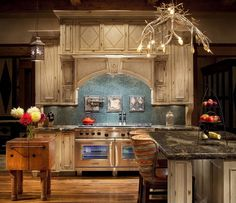 20 Luxurious Kitchens Worth Salivating Over (With Picutres)