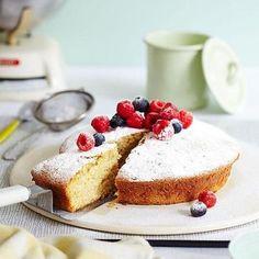The best vanilla cake recipe...that just happens to be vegan. www.handbag.com