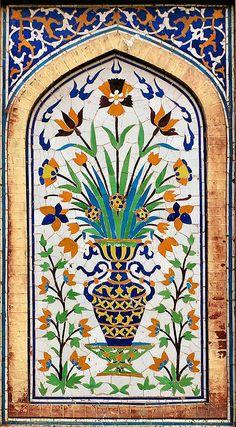 Pakistan - 114 Lahore Old City Wazir Khan Mosque Islamic Art Pattern, Pattern Art, Mosaic Patterns, Painting Patterns, Zentangle Patterns, Pakistan Art, Lahore Pakistan, Islamic Tiles, Celtic Art