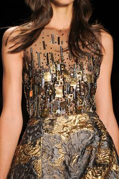 Badgley Mischka Fall 2014 - Details (Noticing some Klimt style in the embellishments of the top) New York Fashion, Fashion Art, Love Fashion, Runway Fashion, High Fashion, Fashion Show, Fashion Design, Beautiful Dresses, Nice Dresses
