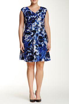 Floral V-Neck Fit & Flare Dress (Plus Size)