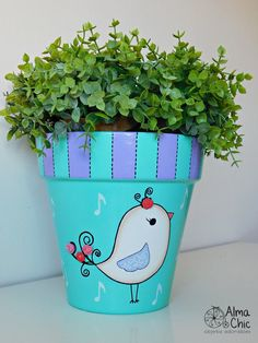 Best 9 fun craft projects to do at home Flower Pot Art, Flower Pot Design, Clay Flower Pots, Flower Pot Crafts, Clay Pot Crafts, Clay Pots, Fun Crafts, Painted Plant Pots, Painted Flower Pots