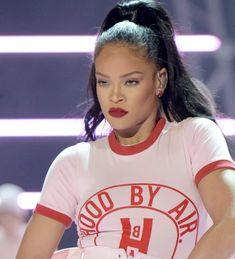Black Is Beautiful, Beautiful People, Beautiful Women, Moment 4 Life, Rihanna Style, Rihanna Fenty, St Michael, Strike A Pose, Black Beauty