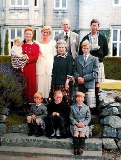 A family photograph: Sarah Ferguson with Princess Beatrice, Diana, Princess of Wales, Prince Philip, Prince Charles, HM The Queen, Peter Philips, Prince Harry, Zara Philips, Prince William 1990