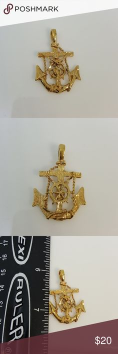 Gold tone anchor pendant Gold tone anchor pendant Accessories Jewelry