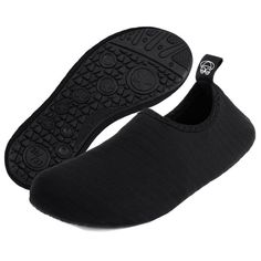 d812ae5b1ed0 Water Shoes- Quick-Dry Barefoot Socks for Mens Womens Kids on Beach Pool  Swim and Yoga - Black - CV18CERHXH2