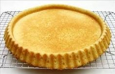 Typically baked in a special round form that bakes a rim for easier filling, but any round 11 inch form will do. Dutch Recipes, Tart Recipes, Sweet Recipes, Baking Recipes, Dessert Recipes, Fruit Flan Recipe, Bake My Cake, Flan Cake, German Baking