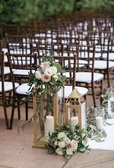 Gold lanterns for wedding ceremony. Aisle decor. Wedding at Franciscan Gardens. Florals by Jenny// Christian Kaysen Photo