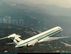 Republic Airlines McDonnell Douglas MD-82 (DC-9-82)  In Flight USA - California, Early 1980's