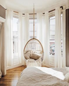 So cute home details. I love this interior design! It's a great idea for home decor. Cozy Home design. Interior Design Living Room, Living Room Decor, Bedroom In Living Room, Zen Room Decor, Design Room, Interior Paint, Interior Ideas, Interior Inspiration, Layout Design