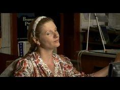 Оплачено любовью (2011) жанр: мелодрама   Это пронзительная история о двух одиноких и отчаявшихся людях, вместе сумевших пережить черную полосу своей жизни, выстоять, найти любовь и счастье.  После гибели своего ребенка Тамара, замыкается в себе, живет прошлым, постоянно перечитывает интернет-переписку дочери, общается с ее виртуальными друзьями. Каждое воскресенье Тамара ходит на кладбище, на могилу Ирины. Смотри новинки кино 2016 на  http://kinosklad.net/novinki-kino-2016/