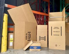 Here at uBoxes, we offer you boxes you didn't think was a necessity until now. Shop all our TV boxes, Kitchen boxes, File Boxes, Lamp boxes, Wardrobe boxes, and even our picture/mirror boxes to ensure your move and belongings are safe and protected!   #MovingCompany #MovingSupplies #ShippingSupplies #FreeShipping #MovingTips #MovingBoxes #BuyMoreSaveMore #COVID19 Cheap Moving Boxes, Large Moving Boxes, Moving Supplies, Packing Supplies, Moving Kit, Wardrobe Boxes, Large Wardrobes, Kitchen Box, Mirror Box