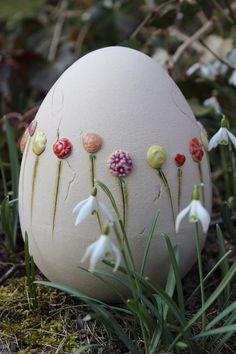 Easter Decor - Egg - a unique product by Atelier-Keramixx on DaWanda - - Ceramic Tableware, Ceramic Clay, Ceramic Pottery, Egg Crafts, Easter Crafts, Easter Decor, Decopage, Paint Your Own Pottery, Diy Ostern